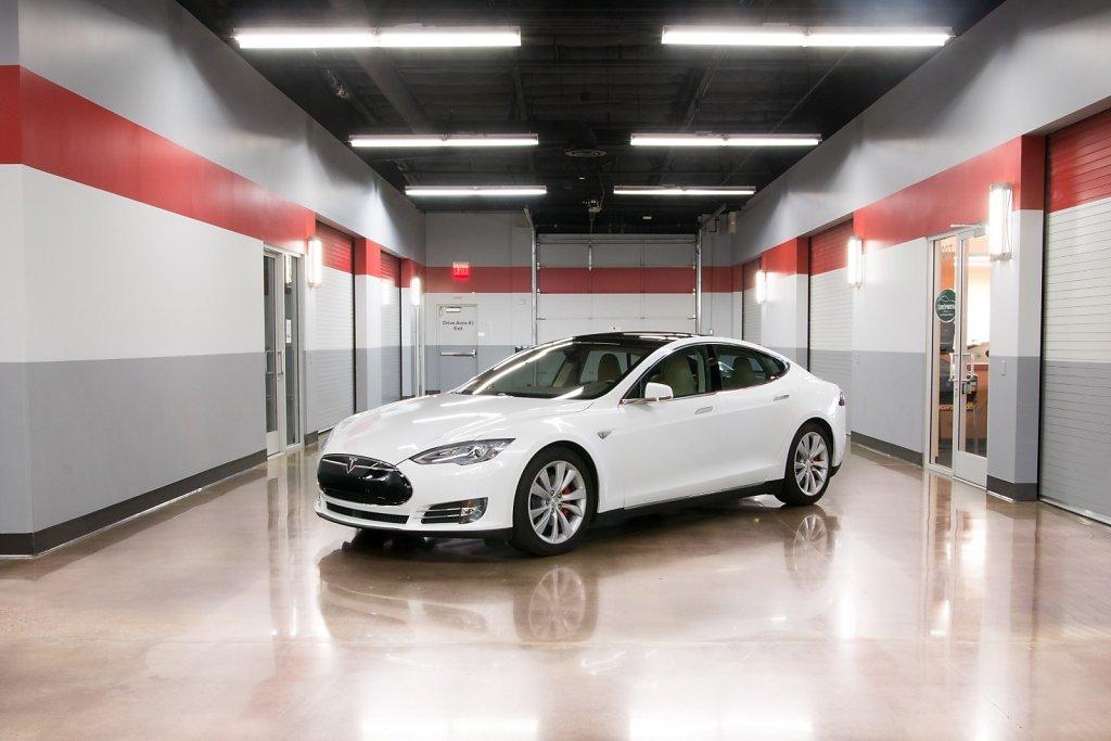Tesla Model S P85D rental