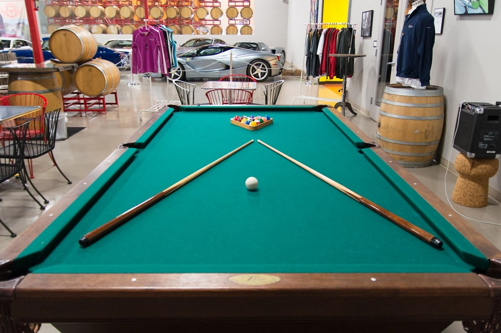 Club-Sportiva-at-AutoVino-Menlo-Park-Pool-Table.jpg