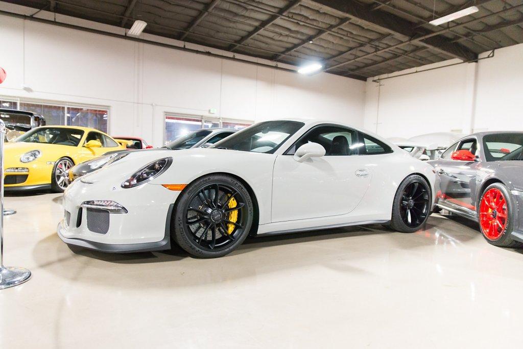 Club-Sportiva-at-AutoVino-Menlo-Park-Porsche-GT3.jpg