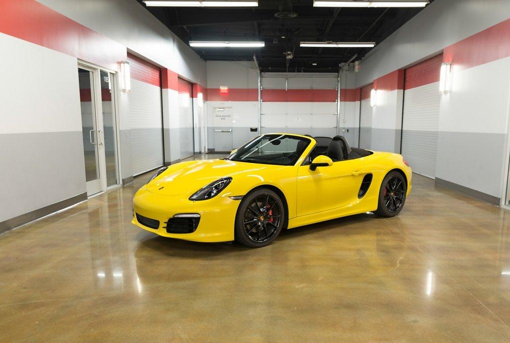 Porsche Boxster Spyder PDK rental