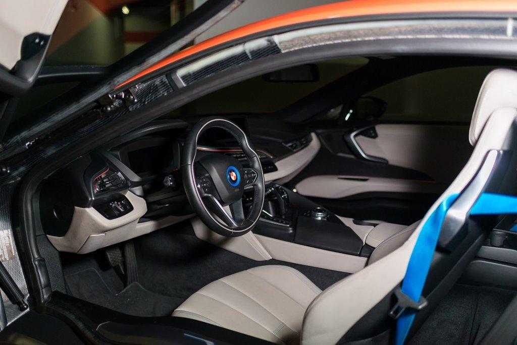 Rent-BMW-i8-in-San-Francisco-from-Club-Sportiva-2.jpg