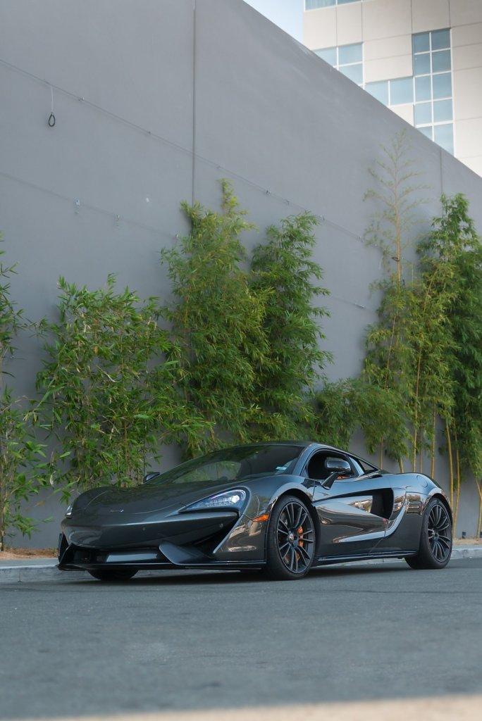 Rent-a-McLaren-570S-from-Club-Sportiva-11.jpg