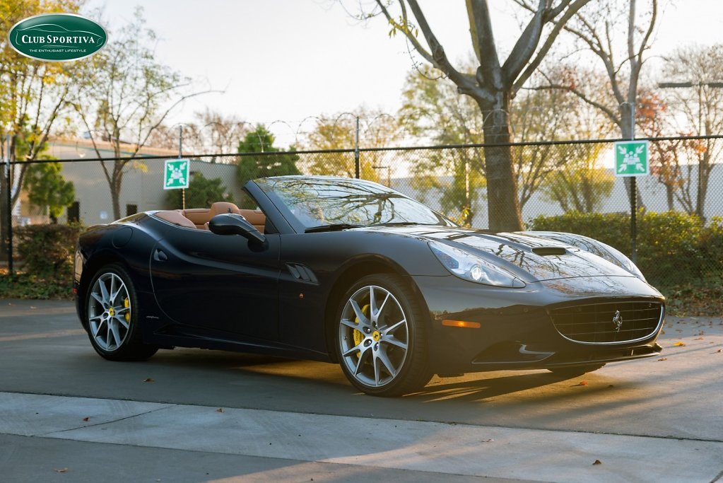 Ferrari California - Dark Blue