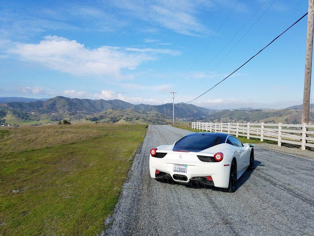 Club-Sportiva-Ferrari-458-Italia-White-Coupe-5.jpg