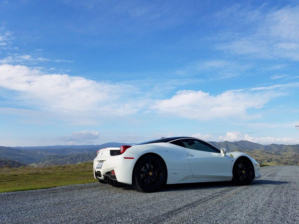 Club-Sportiva-Ferrari-458-Italia-White-Coupe-7.jpg