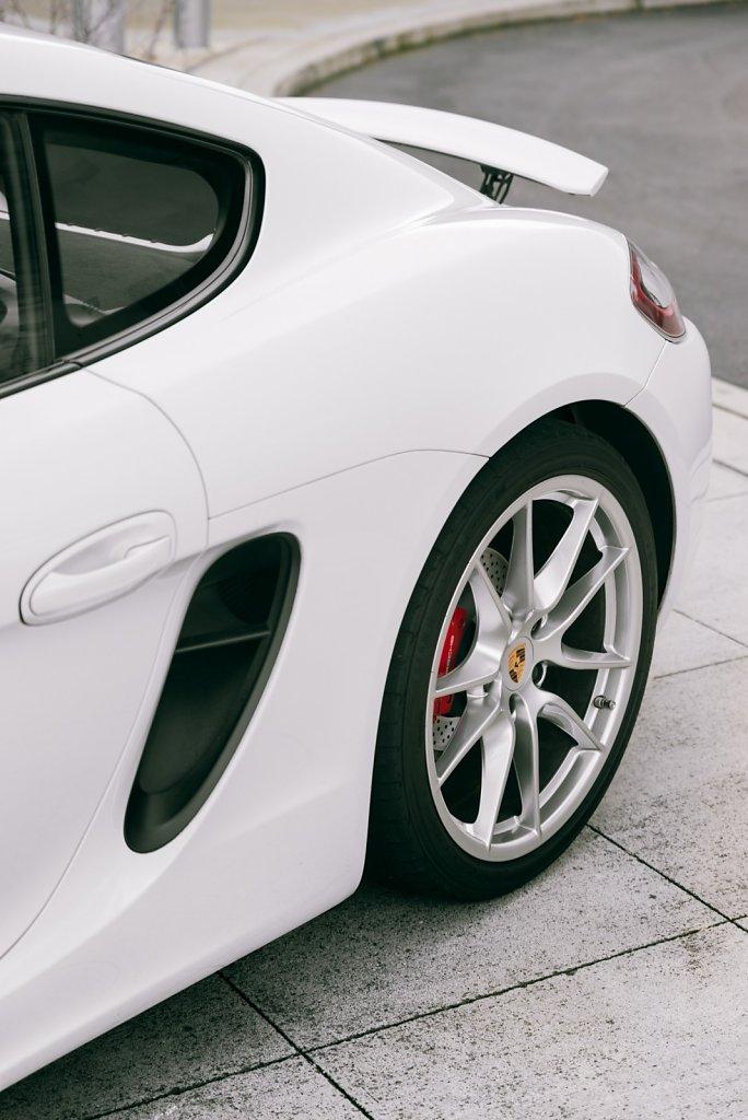 Club-Sportiva-Porsche-Cayman-GTS-Rental-8.jpg